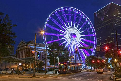 Atlanta-downtown-ferris-wheel